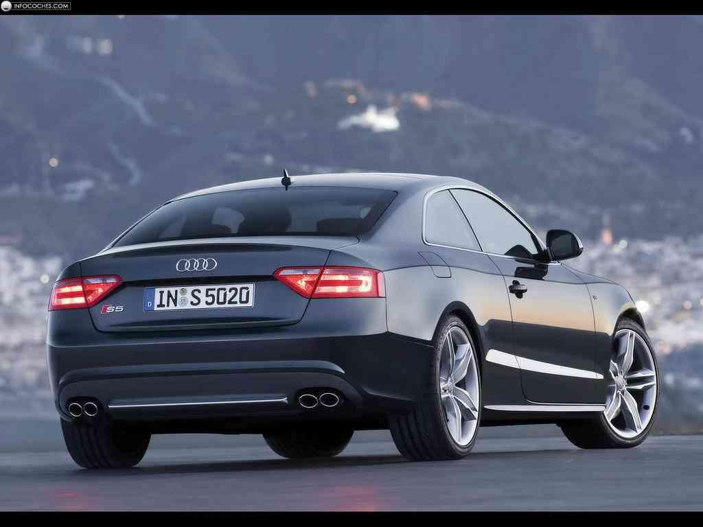 Audi S5 trasera impresionante