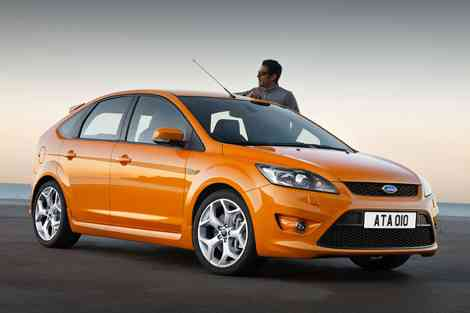 Ford Focus ST 2008 --> perspectiva frontal