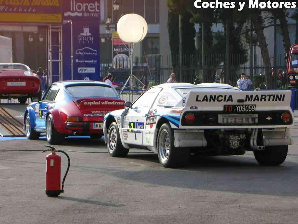 Exposición Auto Retro, coches de rally clásicos: Porsche y Lancia traseras