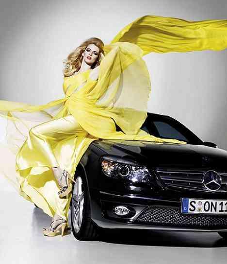 El Mercedes CLC bien acompañado se deja entrever. ¿Nos sorprenderá?