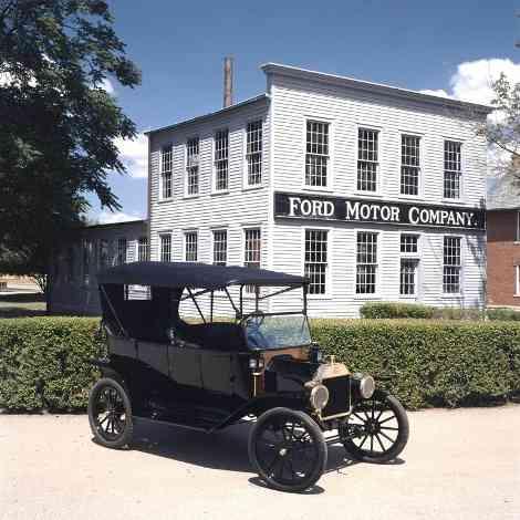 El Ford T cumple un siglo de vida
