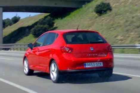El nuevo Seat Ibiza 2008, rodando por la AP-7