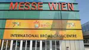 Platini inauguró el Centro Internacional de Transmisiones 3