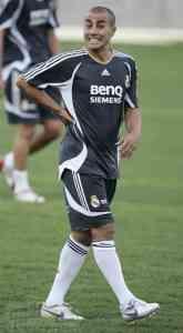 Cannavaro vuelve para el enfrentamiento contra el Zenit