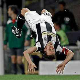 Del Piero golazo al zenit voltereta