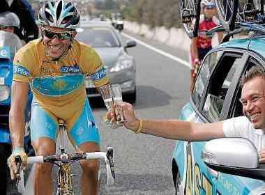 Bruyneel_Contador_tiene_opciones_irse