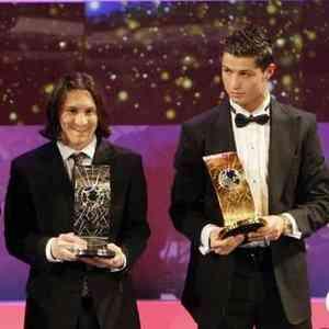 cristiano ronaldo balon de oro fifa world player