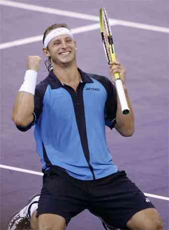 David_Nalbandian_celebra_victoria