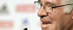La directiva del Fenerbahçe apoya a Aragonés 3