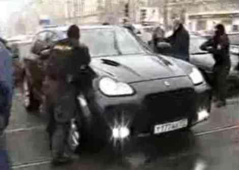 """La policía rusa detiene por error a un Cayenne """"inocente"""""""