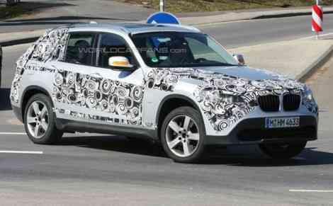BMW X1, fotos espía con muy poco camuflaje