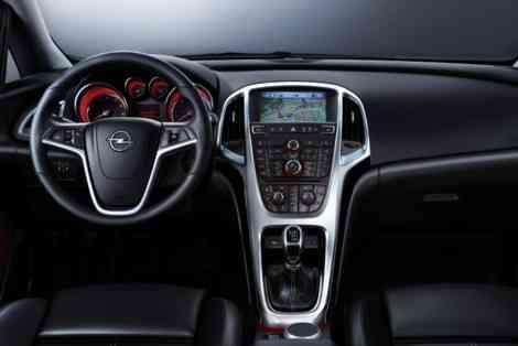 El interior del Opel Astra 2010, presentado oficialmente