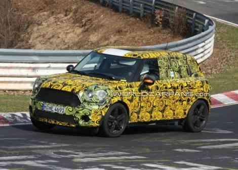 Fotos espía del Mini SUV en Nürburgring