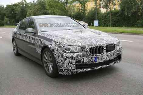 BMW Serie 5 2010, fotos espía con menos camuflaje