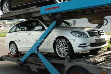 Fotos espía del Mercedes Clase C 2011 sin camuflaje