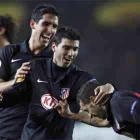 El Atlético supera el infierno turco 3
