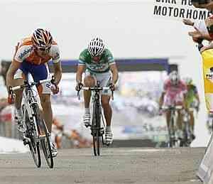 Amstrong Vs Menchov, el duelo de la Vuelta a Murcia 3