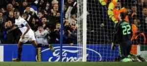 Mourinho y Samuel Eto'o conquistan Stamford Bridge 3