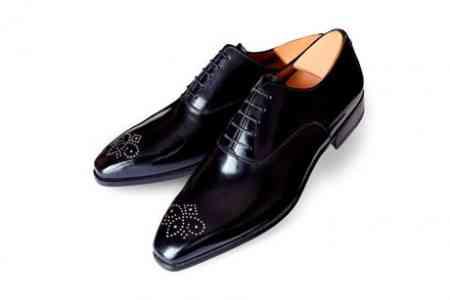 Diamantes en los zapatos... de ellos 5
