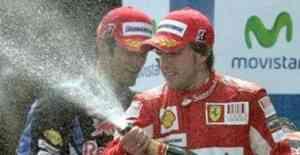 Webber gana en Montmeló y Alonso aprovecha los «regalos»
