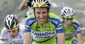 Ivan Basso rompe el Giro y Arroyo sigue líder
