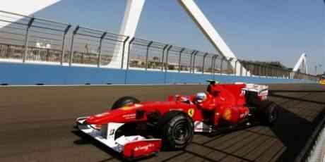 Fernando Alonso es el más rápido en Valencia 3