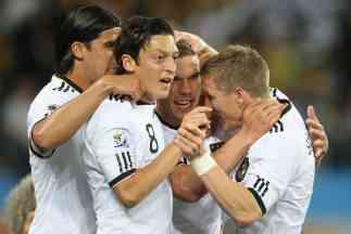 Alemania comienza aplastando en el Mundial 3