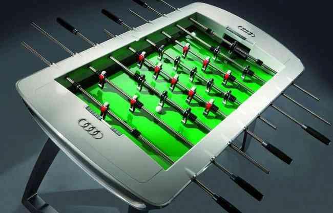 Juega al futbolín con Audi 3
