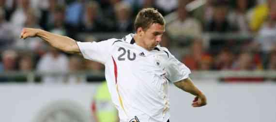 podolski golea con Alemania