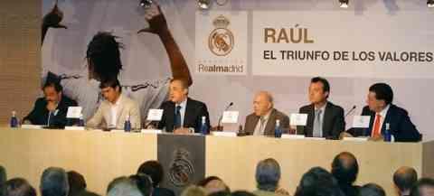 Florentino se deshace en elogios para Raúl 3