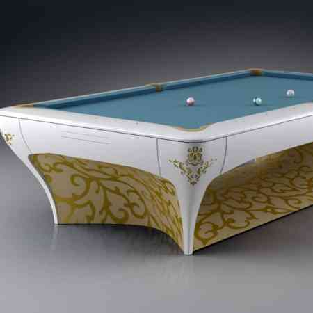 Jugar al billar en una mesa millonaria 9