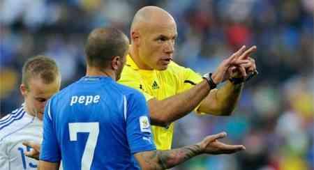 arbitros partido final mundial sudafrica