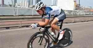 Fabio Cancellara gana el prólogo y se viste de líder 3