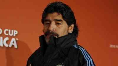 Maradona deja la selección argentina