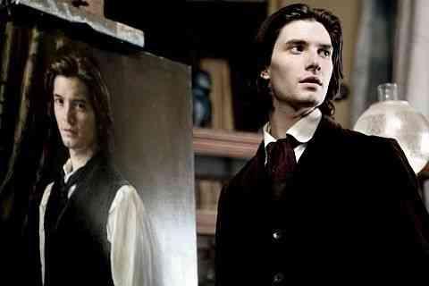 Correcto pero olvidable retrato de Dorian Gray 8