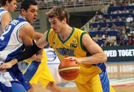 tiago splitter jugador brasil mundial basket