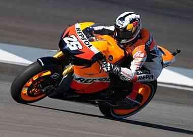 Dani Pedrosa vence en MotoGP y sorprende 3