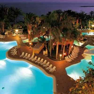 Hoteles de lujo lujo vip for Imagenes de hoteles de lujo