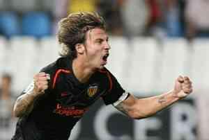 Alexis sustituiría a Squilacci en Sevilla 3