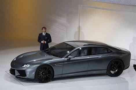 El Lamborghini Estoque sigue vivo