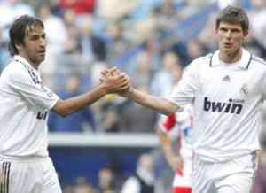 Huntelaar y Raúl volverán a formar pareja de ataque 3