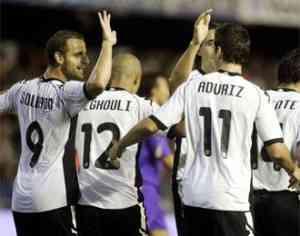 El Valencia gana a la Fiorentina y sus delanteros marcan 3