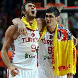 Turquia derrota a eslovenia y ya esta en semifinales