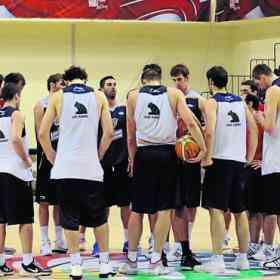 España juega contra Grecia a las 20:00 3