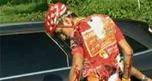 Igor Antón se cae y le toca abandonar 3
