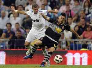 El Madrid golea, pero no convence ante el Español