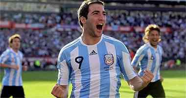 Argentina se ceba con España, y no sólo en el césped 3
