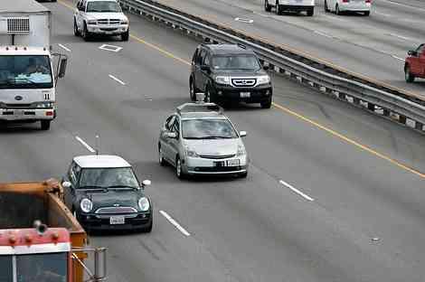 Google desarrolla coches que se conducen solos 8