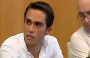 La guerra de Contador sigue su curso