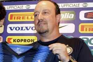 Rafa Benitez en la cuerda floja 3